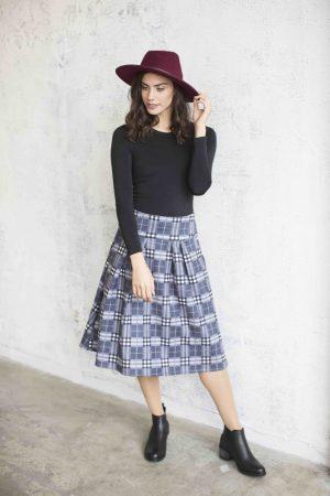 חצאית אוכמניות משבצות אפור
