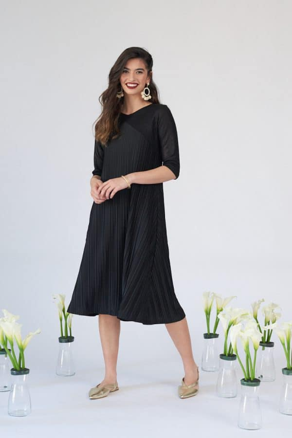 שמלת תורמוס שחורה