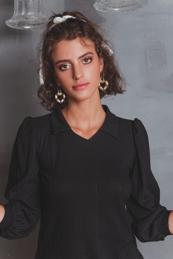 חולצת רז שחורה