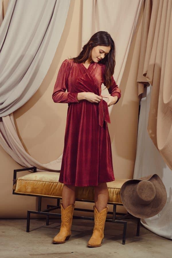 שמלת אור נחושת